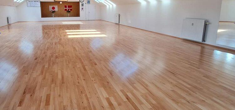 Nyt gulv i vores dojo, vi glæder os til at se jer alle igen